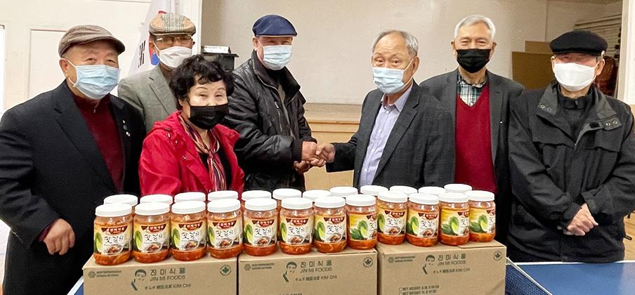 진미식품, 어버이날 맞아 노인회에 김치 후원